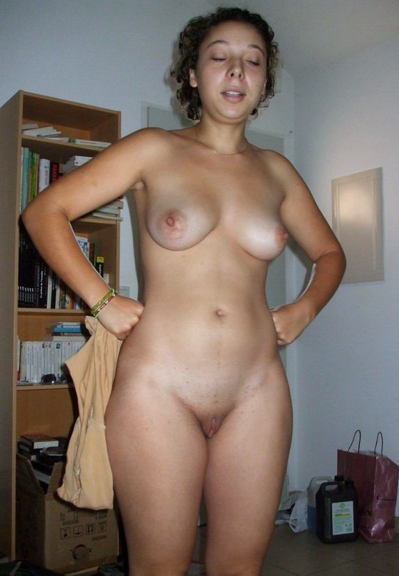 Awesome naked amateurs photos only